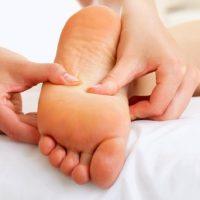 Массаж стоп: рефлексогенная методика воздействия на органы через подошву ног
