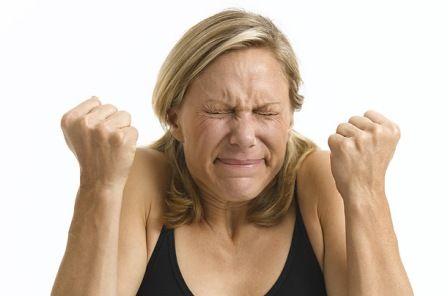 напряжение доводит до головной боли, причины головной боли