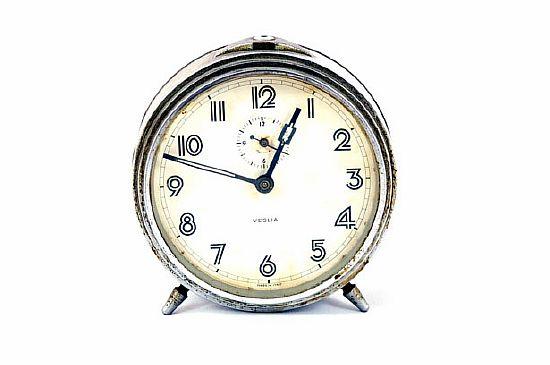 старый будильник, психологический тест часы