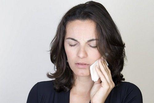 Народные способы от зубной боли, как избавиться от зубной боли