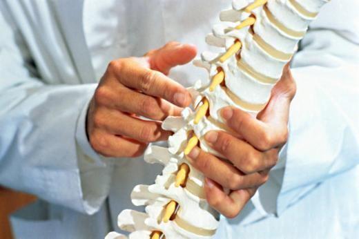 хирургия спины, хирургия позвоночника или кому нужна операция на позвоночнике