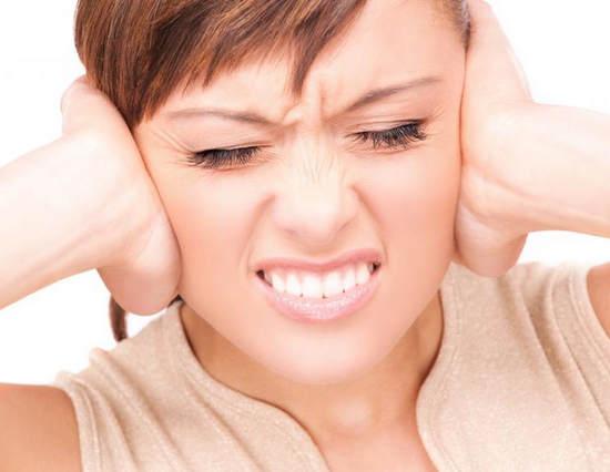 Шум в ушах: причины, лечение