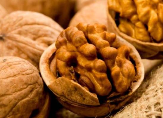 орех грецкий полезные свойства и противопоказания