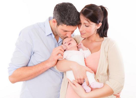 помощь при депрессии после родов, как бороться с послеродовой депрессией