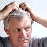 Почему чешется голова — причины, что делать при зуде кожи головы
