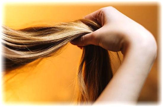 Просто катастрофически выпадают волосы