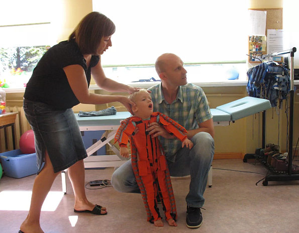 дети с ДЦП - симптомы и лечение