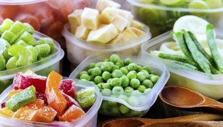 Настоящие рекордсмены: топ-5 продуктов, которые дольше всего хранятся в морозильнике