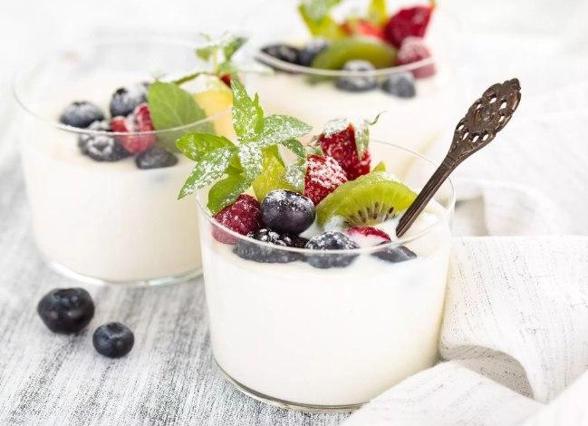 йогурт - польза и вред для организма