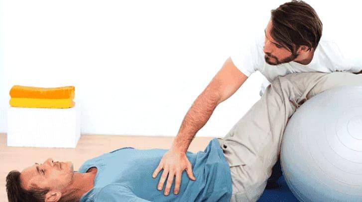 Упражнения при инсульте - комплекс ЛФК для восстановления движений
